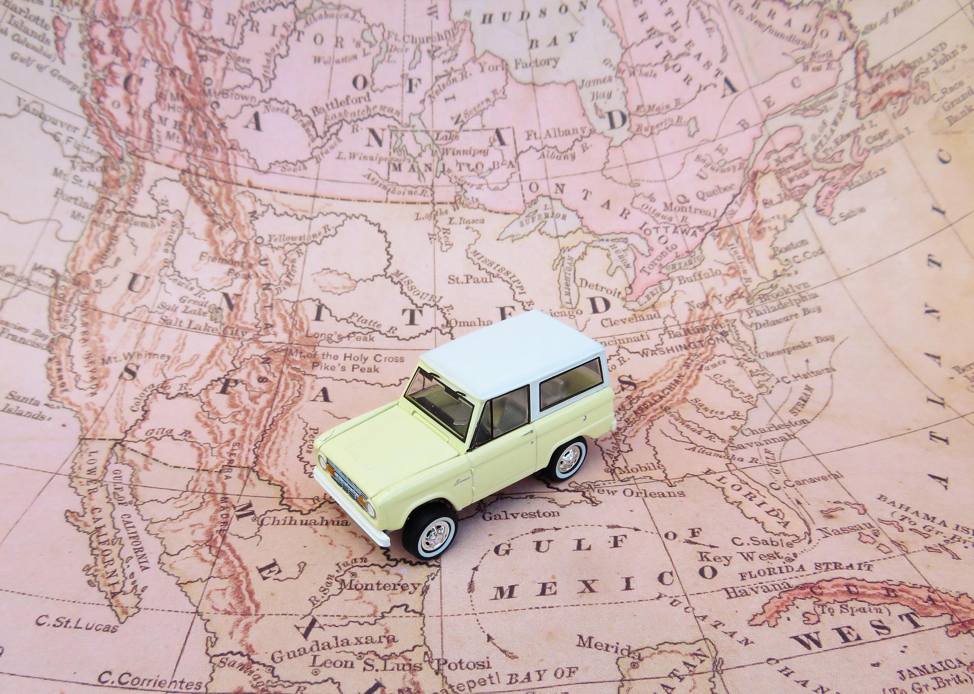 road-trip-2530069_1920